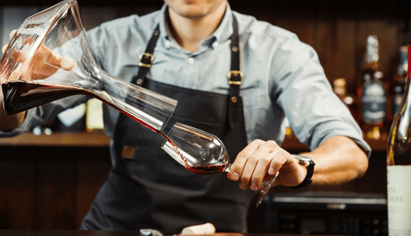 What Is Wine Decanter? How To Decant Your Wine